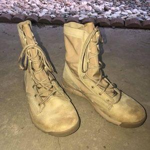 Nike SFB Mens Boots Tan
